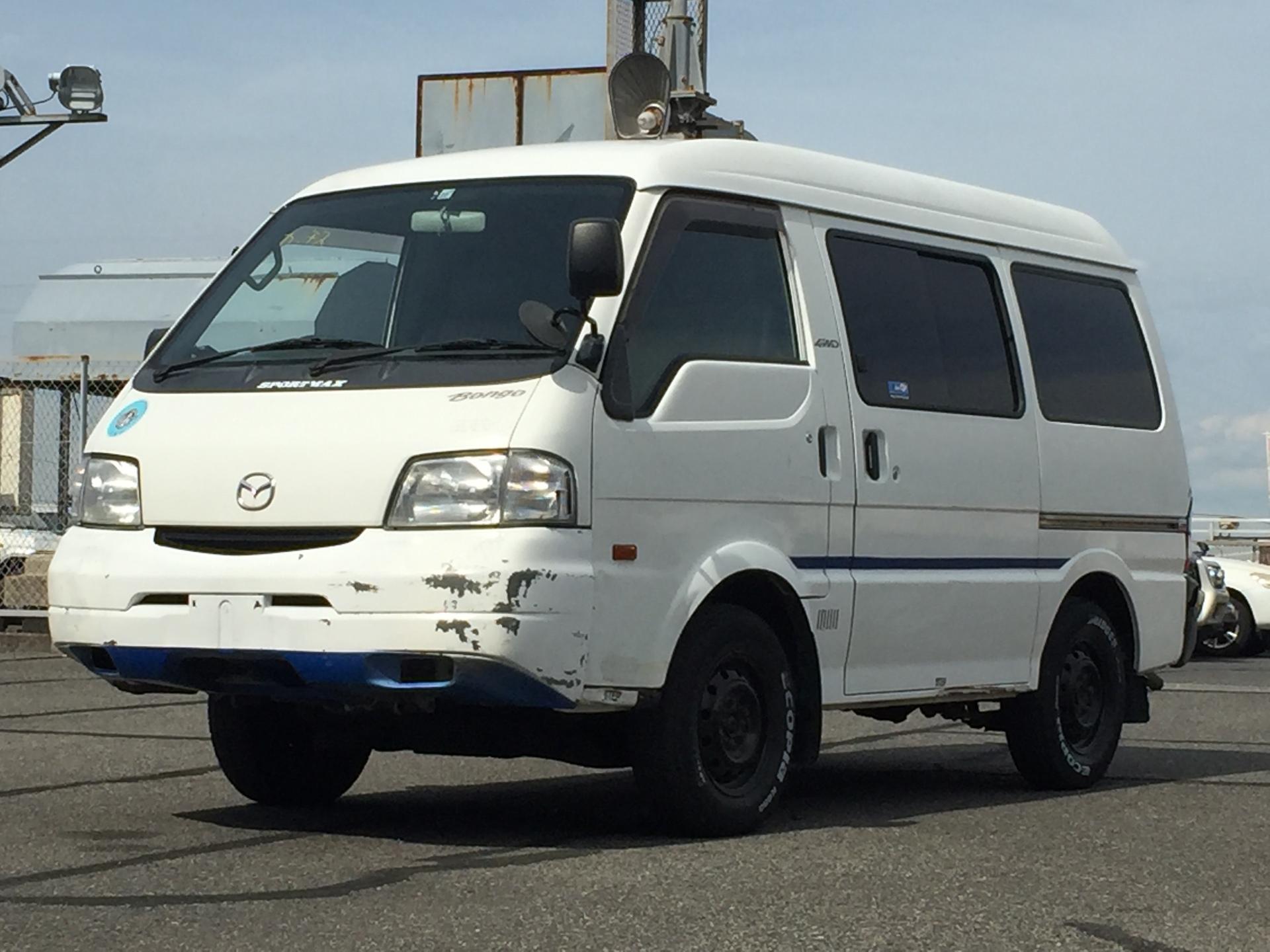 B25050050 pht01